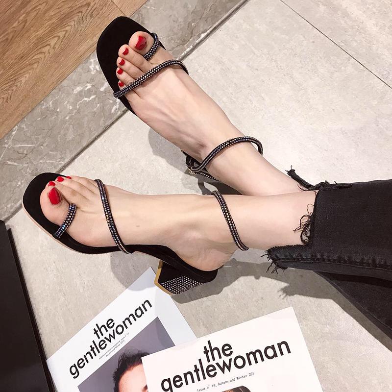 凉鞋女2019夏季新款韩版水钻绕带粗跟高跟网红凉鞋百搭套趾罗马鞋