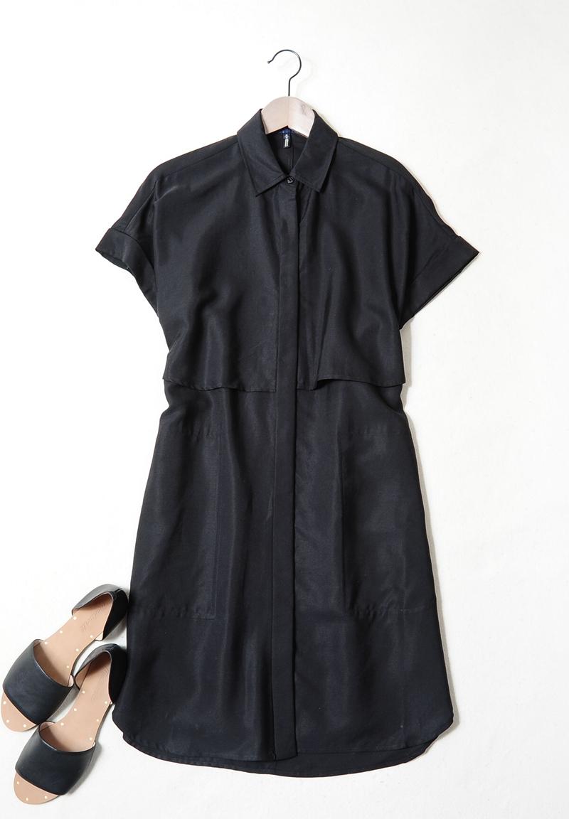 10-30新券『D2461』小露肤,大味道!黑色露腰衬衫款连衣裙 显瘦气质款!XS