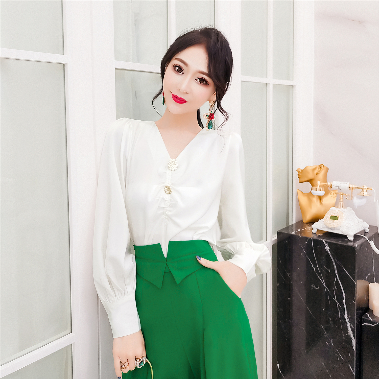 韩衣女王2019秋装新款女上衣韩版长袖轻熟小众复古法式宫廷风衬衫