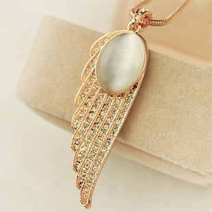 Gold plated Opal Necklace Female Korean decorative wings Korean short paragraph clothes accessories jewelry ossicular chain lock