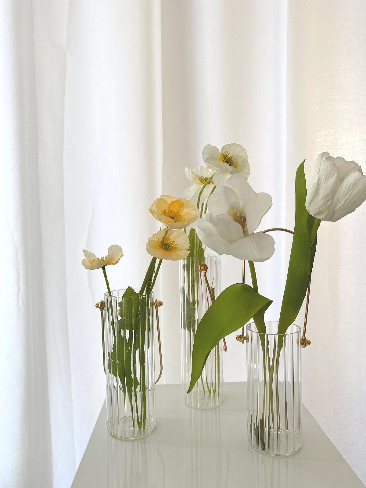 韩风插花摆件金属手提竖纹玻璃小花瓶轻奢现代家居软装样板房INS