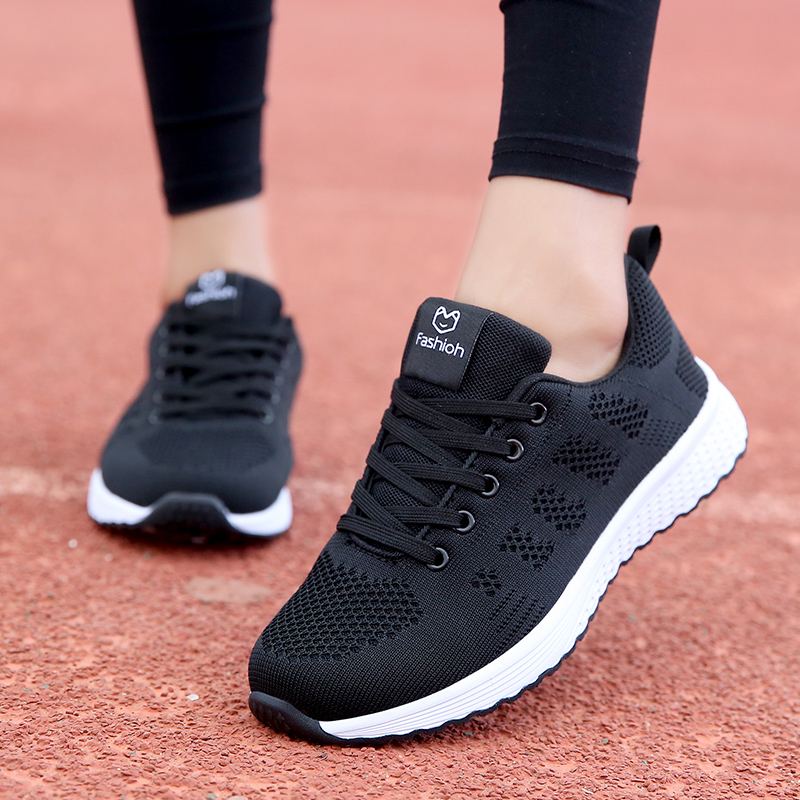 Spring breathable womens shoes, sneakers, soft soles, light running shoes, womens junior and senior high school students, canvas shoes, running shoes