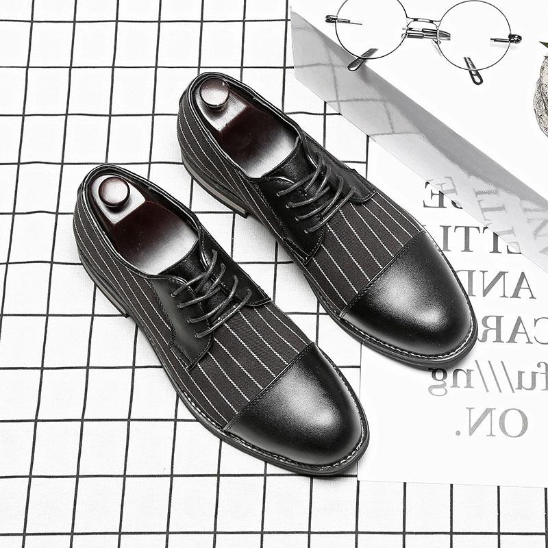 Autumn breathable wedding shoes fashion mens Korean version pointed youth business lace up versatile mens stripe casual shoes