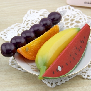 Japan and South Korea lovely fruit ballpoint pen refill black ballpoint pen realistic creative cartoon fruit