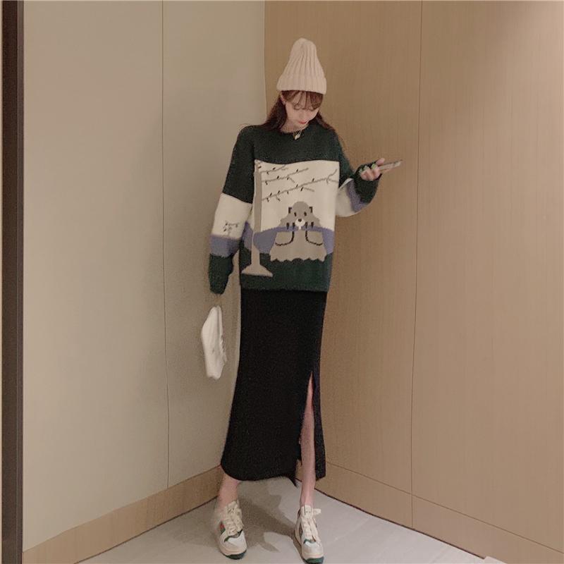 亚博娱乐平台入口实价~宽松考拉圆领套头提花厚实毛衣+针织开叉半身裙子