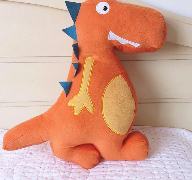恐龙游乐园毛绒儿童靠垫抱枕 床上用品家居午睡/床头/卡通靠枕