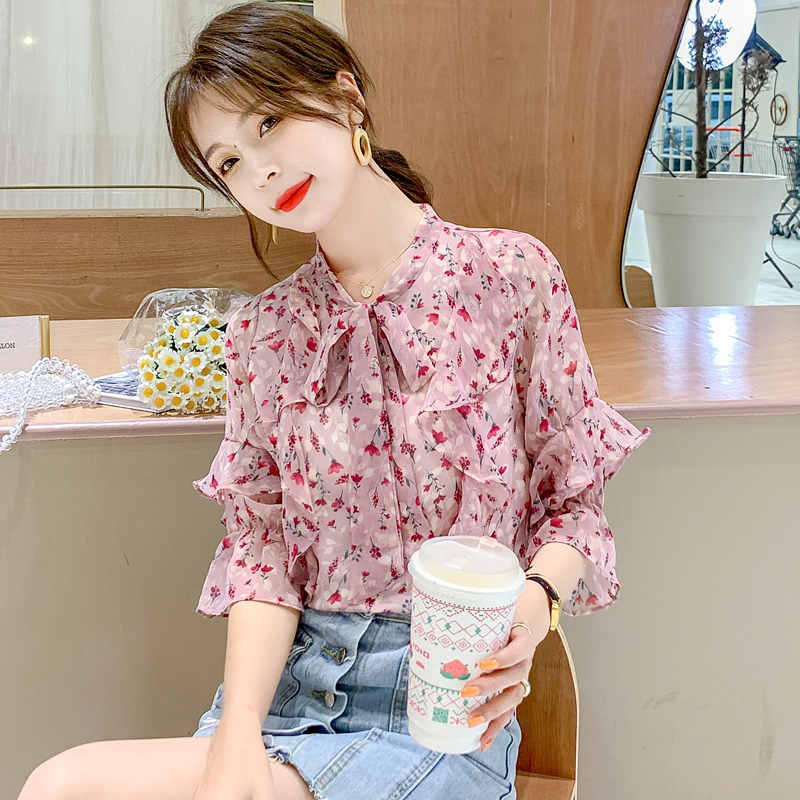 Short sleeve broken Flower Chiffon shirt young mm age reduction 2020 very fairy top foreign style lotus leaf shirt