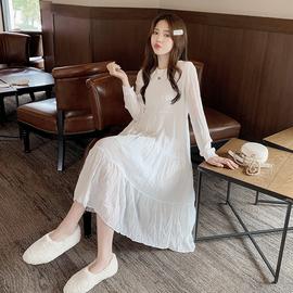 白色雪纺连衣裙长袖中长款2020春秋新款过膝a字裙纯色皱纹打底裙