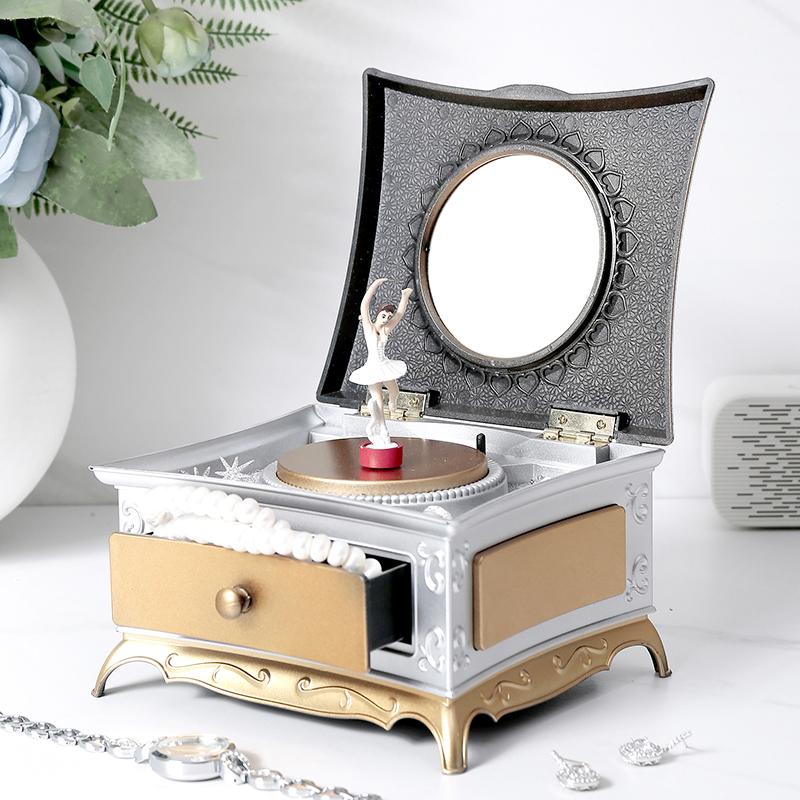 欧式古典旋转小女孩跳芭蕾舞八音盒创意怀旧留声机音乐盒生日礼物