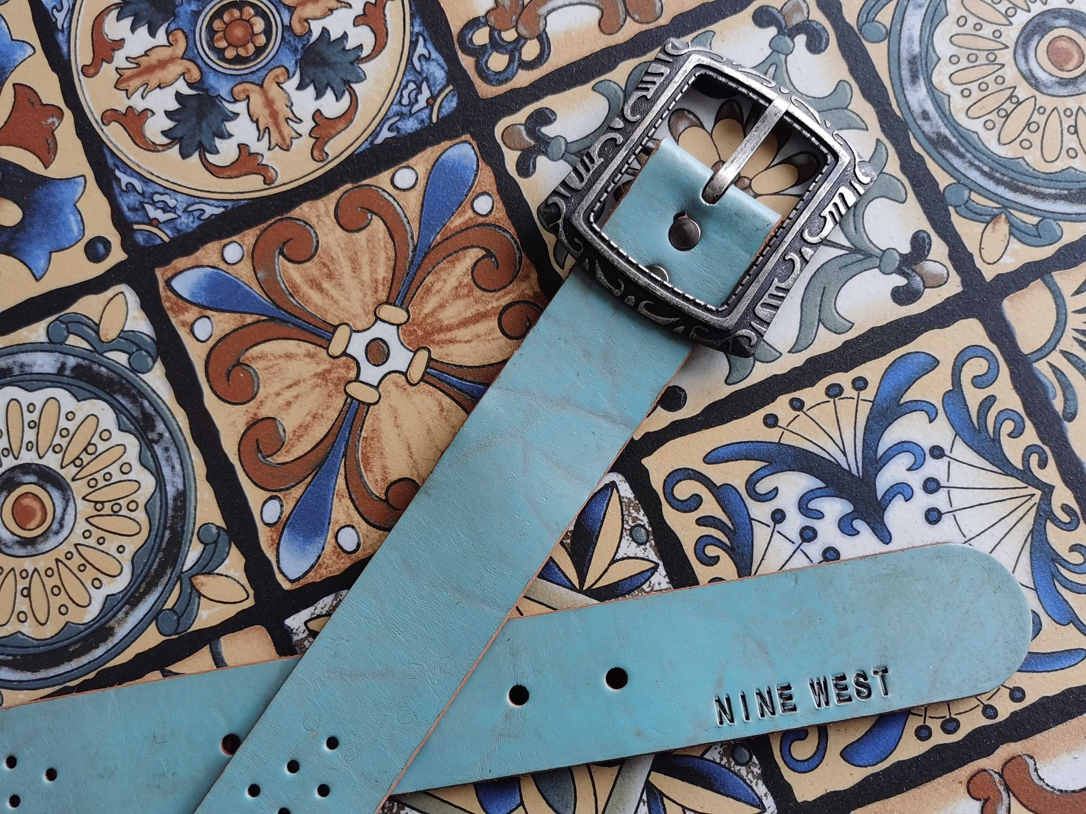 Antique Silver Antique Carved pin buckle sky blue inlaid nail pure leather casual mens belt