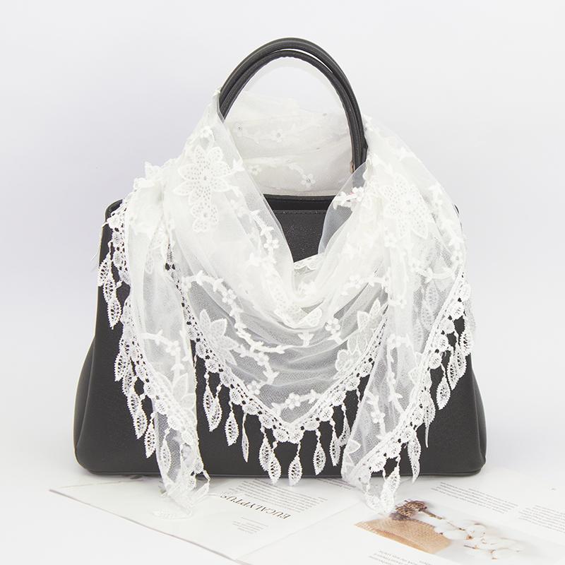 Scarf female autumn winter spring Qing new triangle versatile fashion silk scarf Korean printing tassel double layer decorative neck
