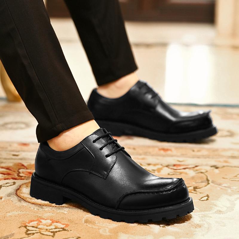 ヒッピーの春と秋の男性の頭の層の牛革のビジネスレジャーの主要な皮靴の潮流の本革のカジュアル靴の厚い底の丸い頭