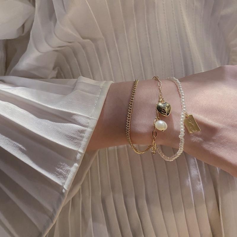 珍珠爱心三层手链女ins冷淡风小众设计感学生气质手环轻奢手镯