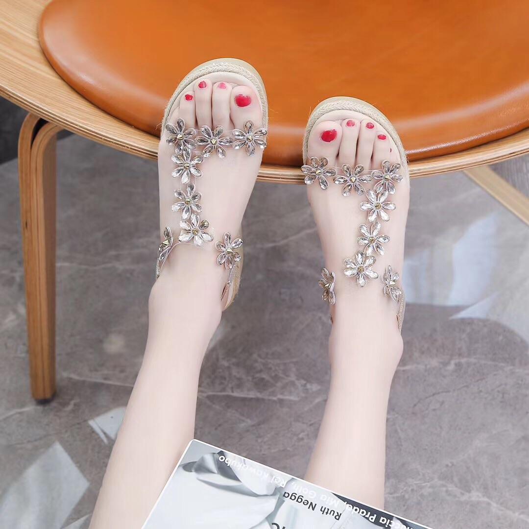 坡跟涼鞋女2020夏新款百搭厚底松糕時裝仙女風透明水鉆羅馬ins潮
