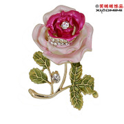 Package mail smiling Korean rose brooch Crystal rhinestone women high brooch pin jewelry clasp