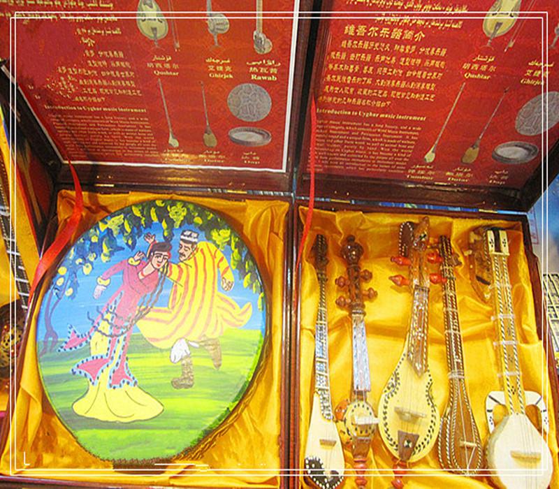 Синьцзян народ музыкальные инструменты шесть частей ремесла статья домой декоративный украшение / меньше количество народ характеристика путешествие годовщина статья