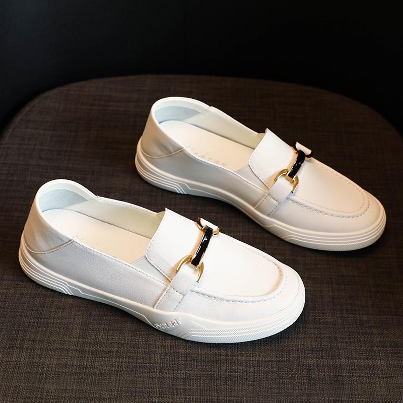 小白女鞋2021年新款大码平底单鞋春秋护士孕妇一脚蹬皮鞋夏季豆豆