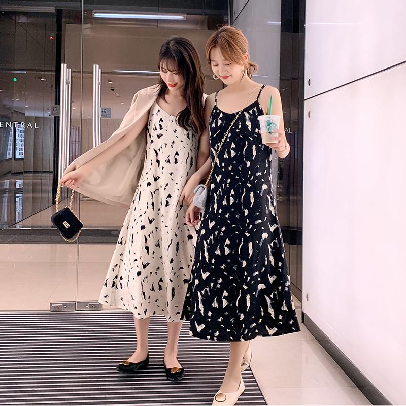 吊带连衣裙女2021夏装韩版新款流行闺蜜装中长款碎花雪纺过膝长裙