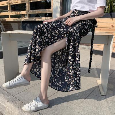碎花半身长裙女夏2020新款波西米亚包臀裙子系带雪纺一片式半身裙