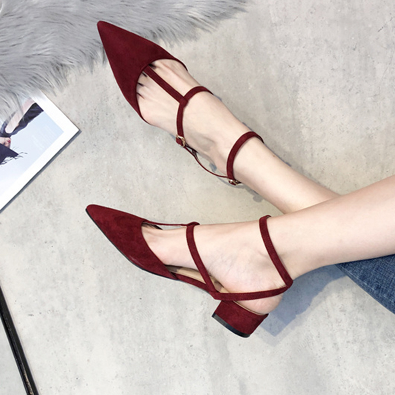 夏新款绑带仙女尖头大码女鞋41 42 43小码31 32 33时尚矮跟粗凉鞋
