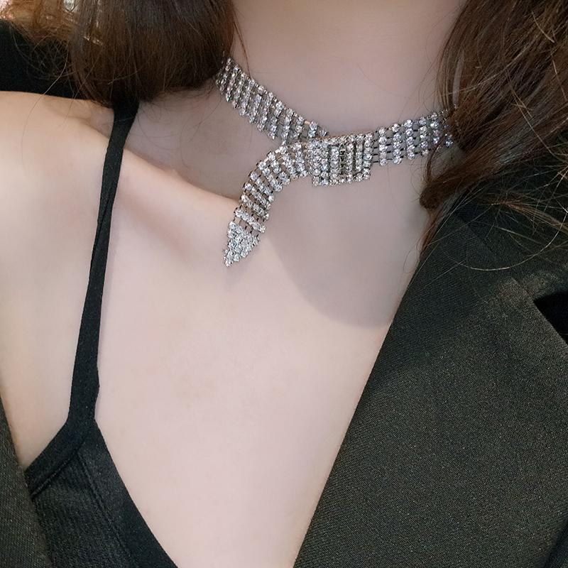满24.80元可用1元优惠券欧美气质个性choker皮带造型锁骨链