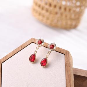 925银针珍珠宝石耳饰韩国东大门新款巴洛克风耳钉气质百搭个性A74