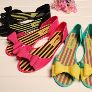 Great bow waterproof fish head flat sandals jelly shoes candy color stripes crystal sandals water shoes Single