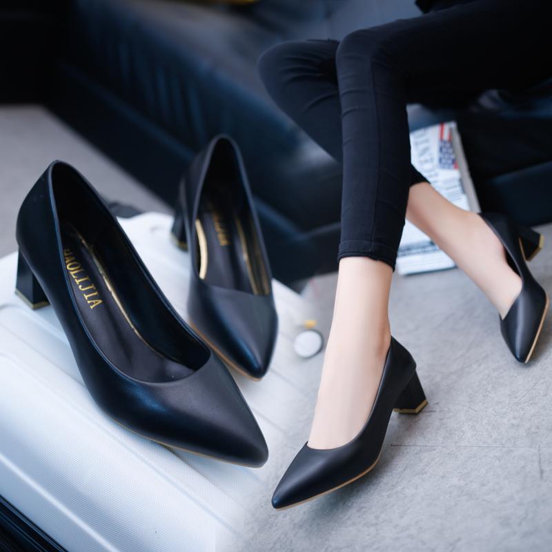 紅婧蜒真皮黑色小皮鞋粗跟高跟鞋单鞋女2021新款面试职业工作女鞋
