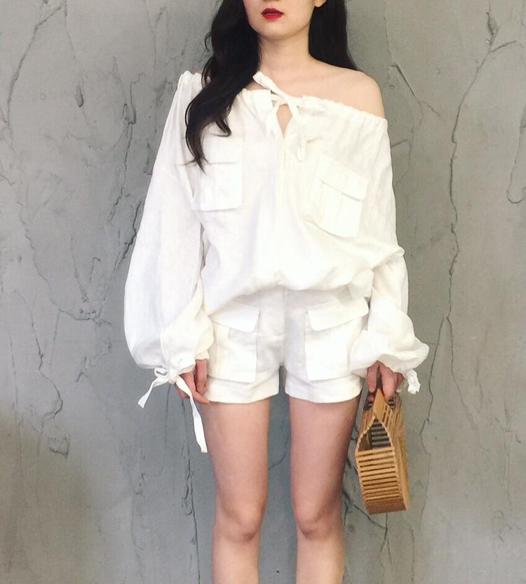viss金走秀海边度假风纯白色亚麻长袖一字肩宽松衬衫短裤两件套装
