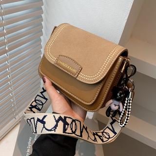 宽肩带小包包2021新款秋季时尚女包复古小方包磨砂质感单肩斜挎包