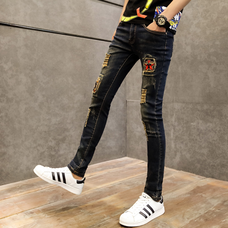 Summer youth personality Vintage broken hole beggar jeans mens Korean version slim and tight trendy mens small feet