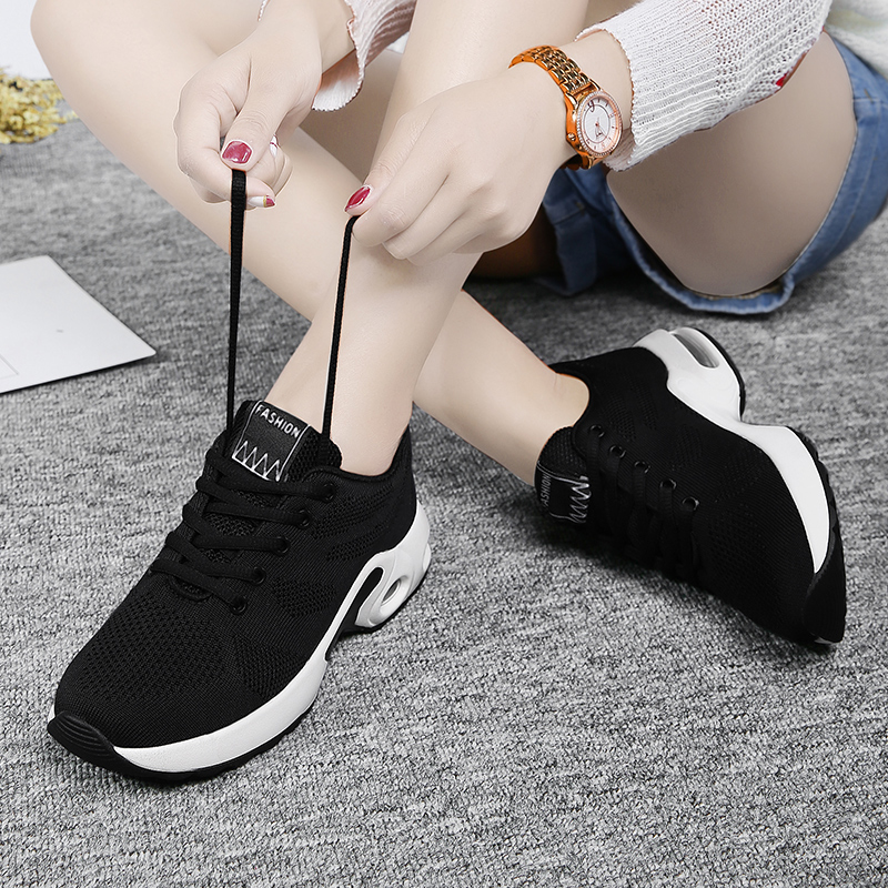 Womens shoes autumn junior high school students shoes 2020 new versatile and breathable student running shoes womens Korean sports shoes womens shoes