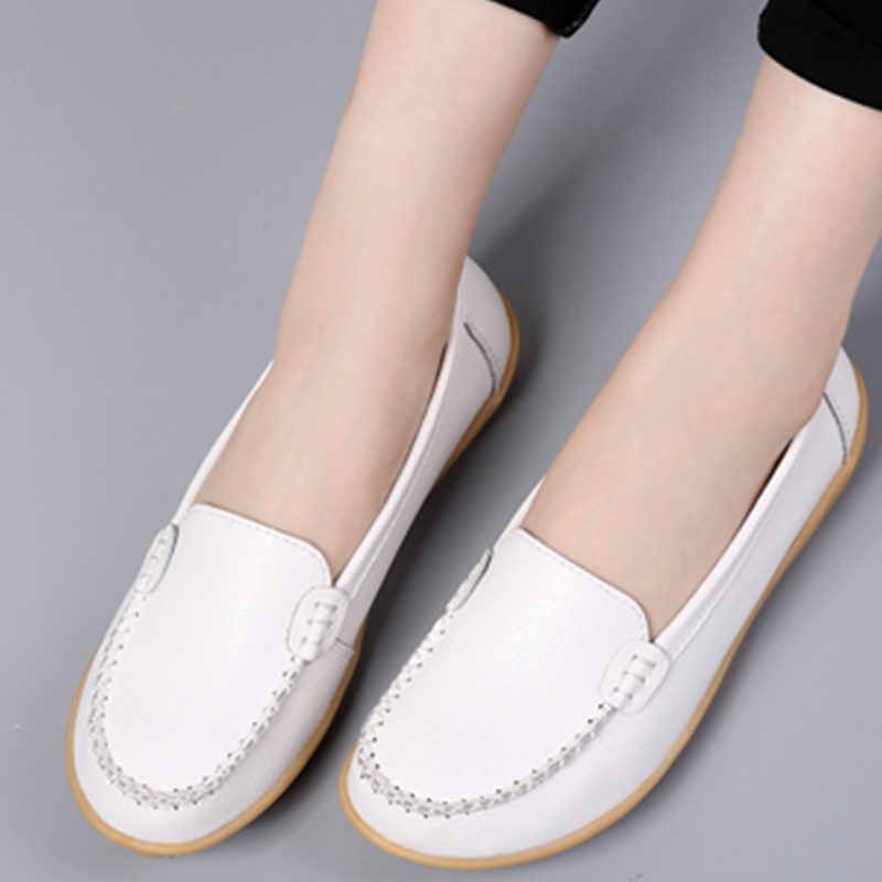 Large size womens shoes 41-43 flat sole single shoes genuine leather beans shoes middle aged and elderly soft sole mothers shoes white nurses shoes 44