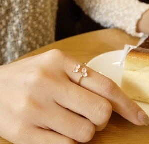 South Korea imported genuine love staggered inlay zircon crystal live on two gold-plated Ring fashion ladies temperament