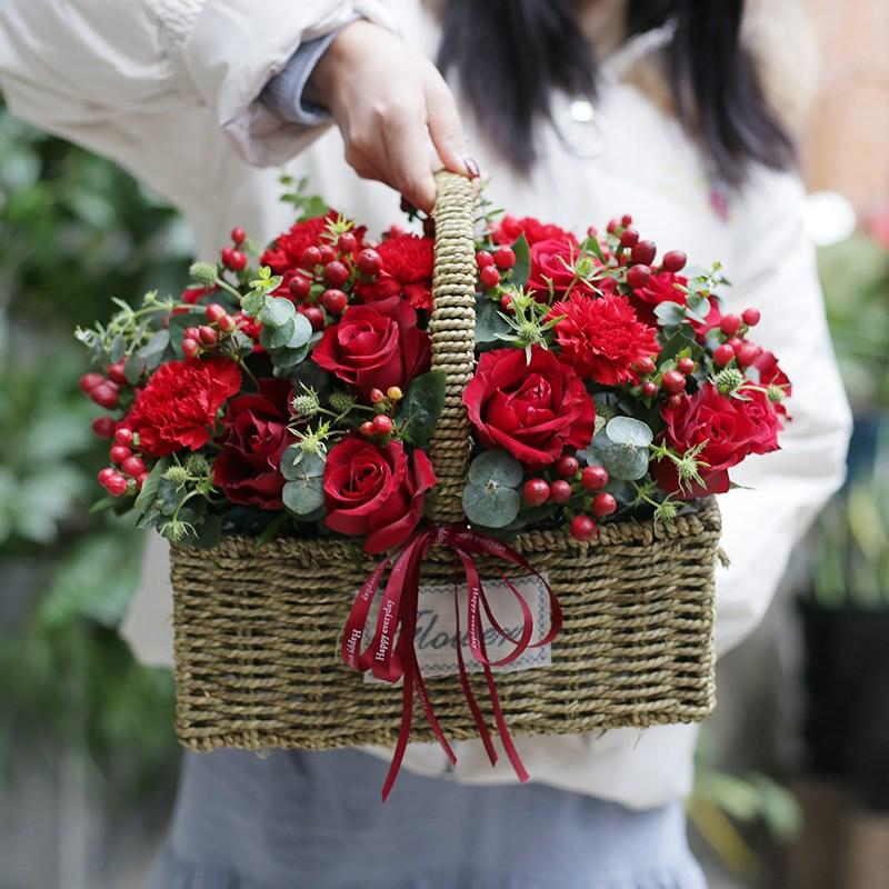 红玫瑰花生日花束礼盒青岛鲜花速递同城银川沈阳宁波哈尔滨花店