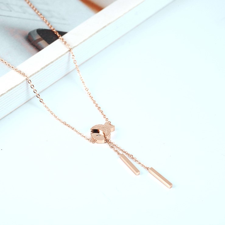 Korean new frosted fringed fish Necklace womens clavicle chain simple fashion short style fresh literature and art