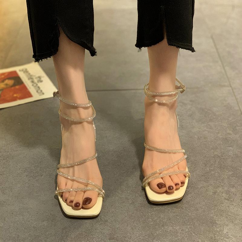 时装气质凉鞋女仙女风中跟2021年夏季新款水钻网红粗跟小众罗马鞋