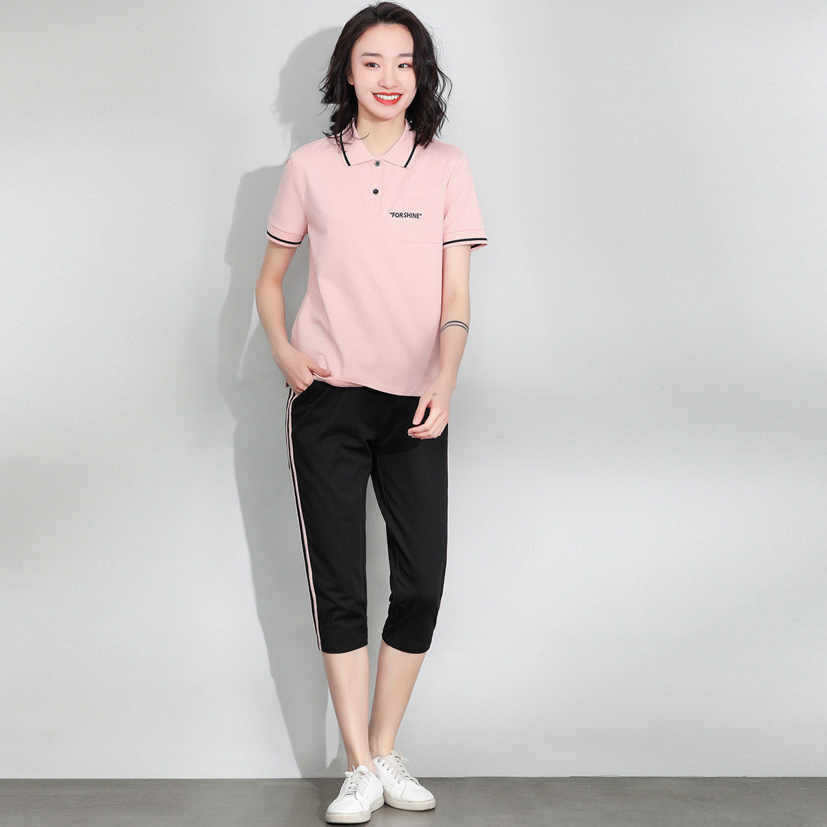 Free breathing 2020 summer new Polo Lapel short sleeve T-shirt slim fit Capris fashion casual suit for women
