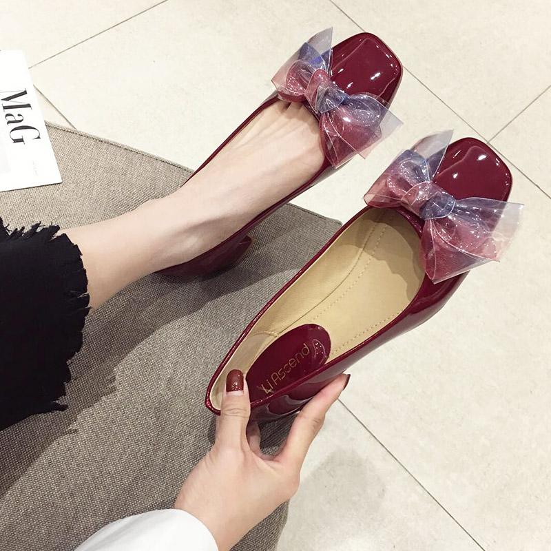 2019秋款女鞋小跟鞋时尚款蝴蝶结粗跟红色单鞋女中跟鞋子百搭船鞋