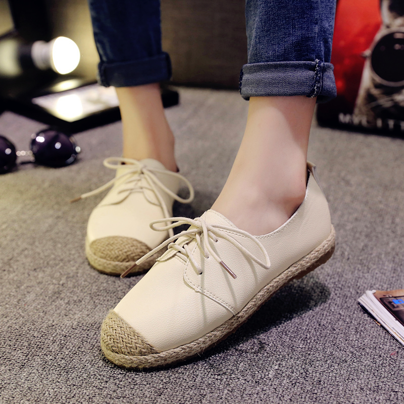Spring / summer 2020 new block British style womens shoes retro college style small white shoes Oxford straw woven single shoes
