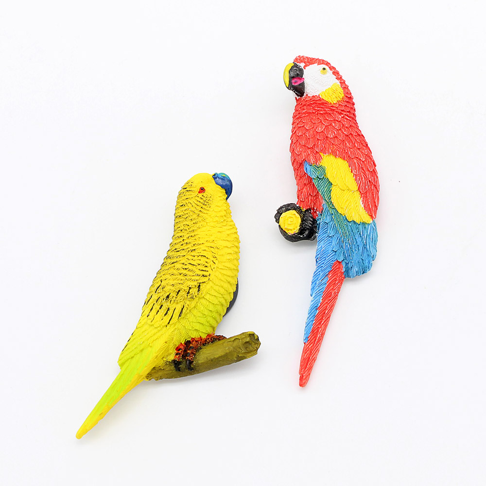 Parrot refrigerator pasted with 3D simulation 3D animal, bird, parrot resin, magnetic refrigerator pasted with furniture decoration gifts