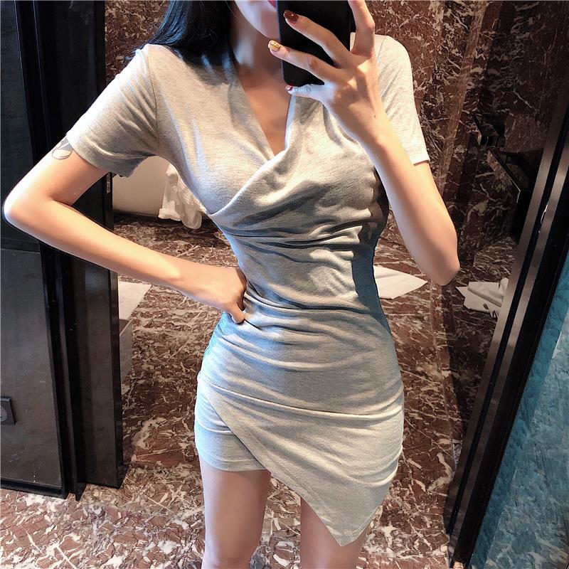 2018夏季新款修身不规则包臀裙子显瘦收腰V领气质短袖连衣裙女装