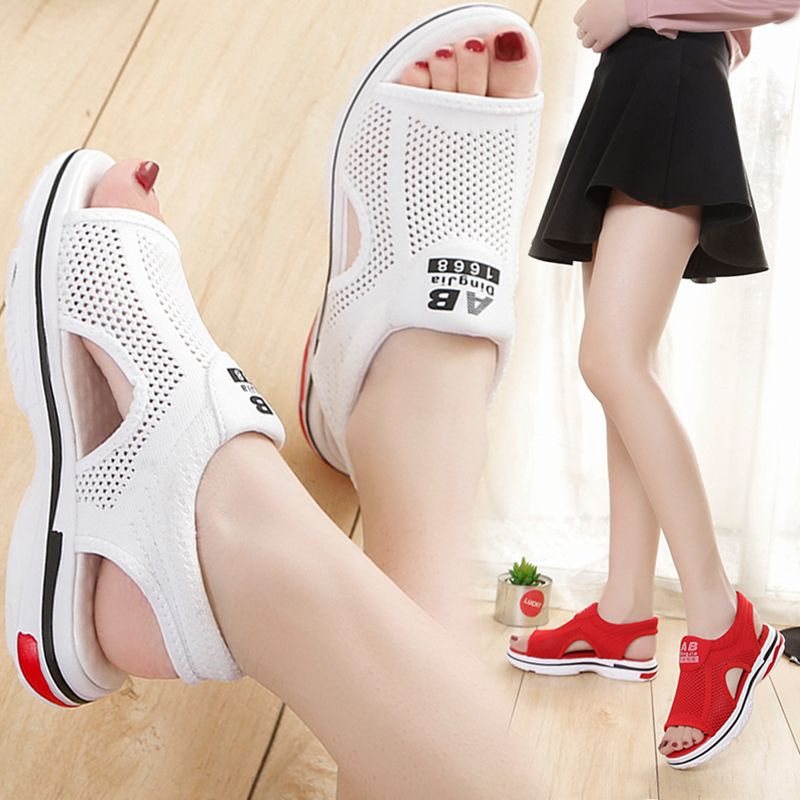 Sports sandals womens new summer 2020 mesh thick bottom casual sandals flat bottomed hollow out student soft bottomed fishmouth shoes