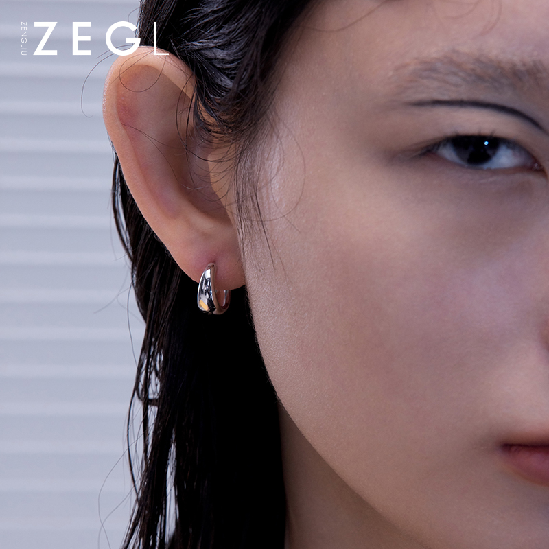 ZENGLIU circle earrings female ins simple cold wind earrings small ear buckle earrings 2020 new wild