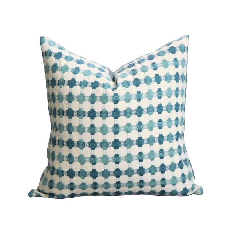 68.00元包邮绿色针织抱枕靠垫简约现代编织抱枕沙发飘窗靠枕蓝绿色几何抱枕