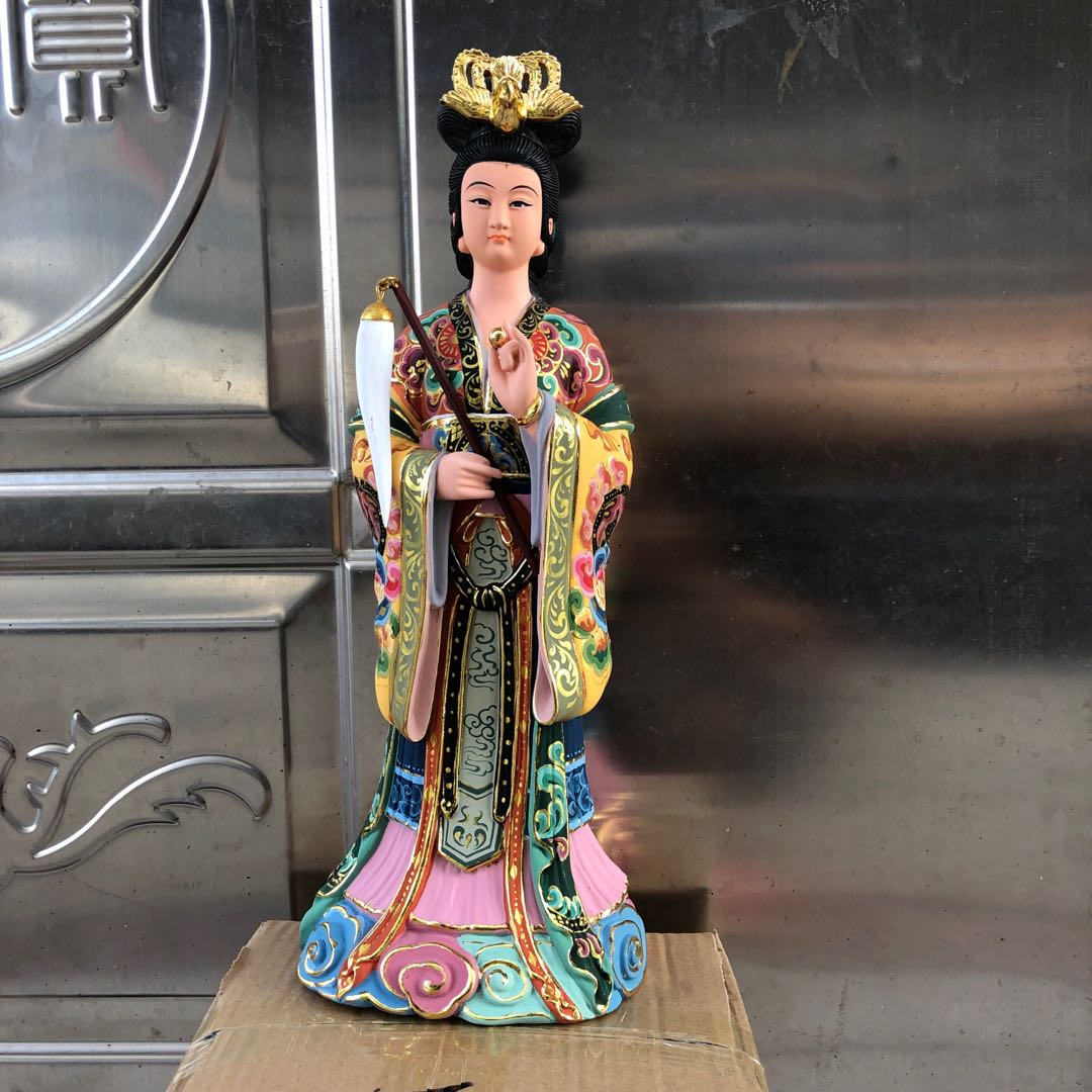 Статуи идолов Артикул 614337327323