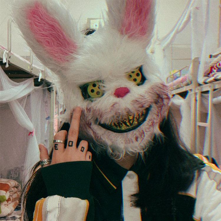 玩童cos抖音舞会派对血腥毛绒兔面具万圣节杀手恶搞吓人头套道具