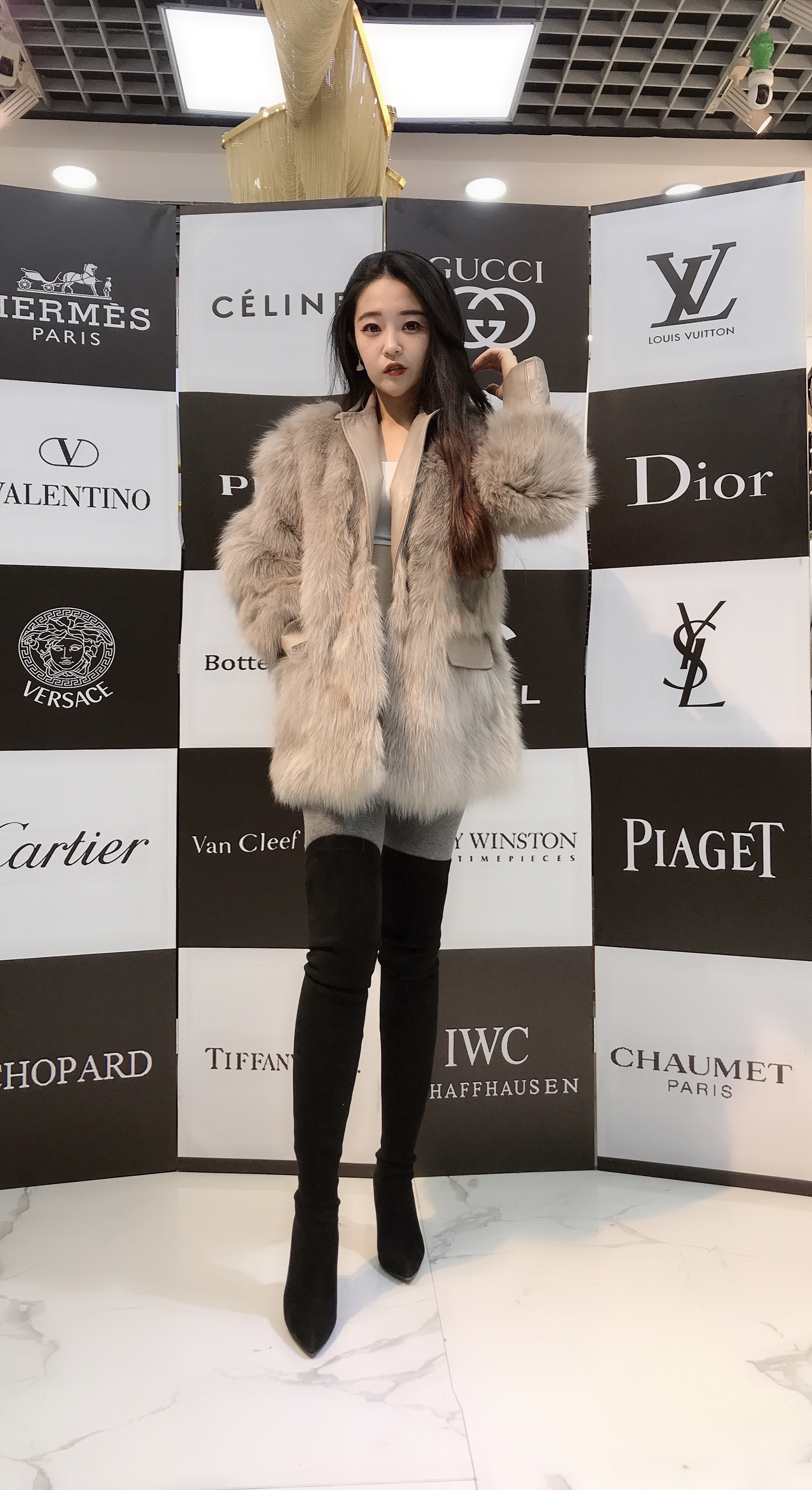 New Korean version of imported fox fur fur fur coat for womens middle and long fashion thin Lapel coat in winter of 2019