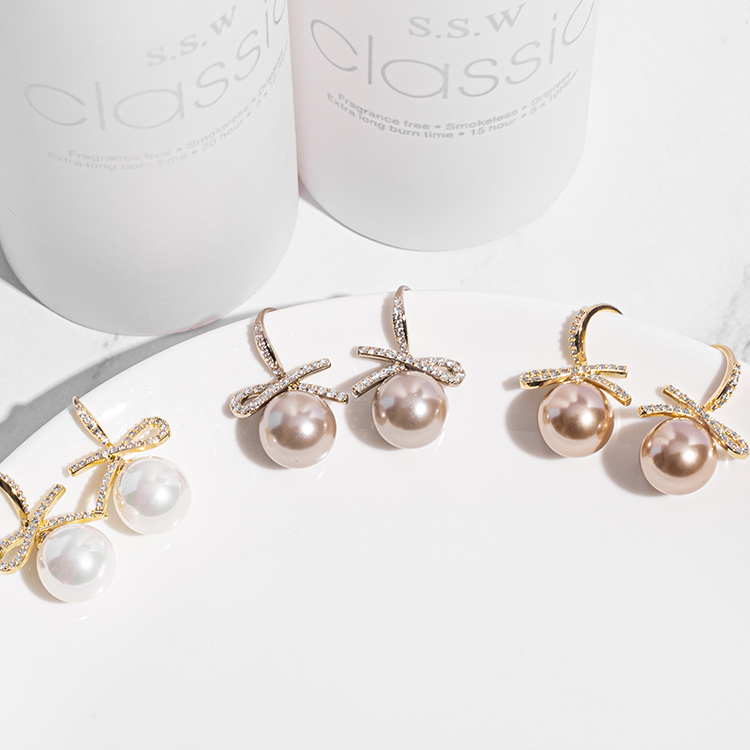 H013 fashion accessories exquisite micro inlaid zircon Pearl Earrings Fashion versatile personalized Earrings anti allergy silver needle