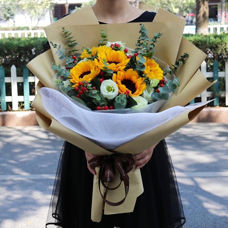 【母亲节鲜花】阜新新邱彰武康乃馨百合生日鲜花礼盒同城花店速递